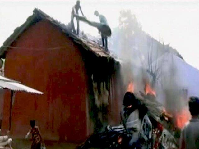 Video : झारखंड : झगड़ा और गोलीबारी में चार लोगों की मौत