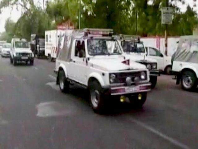 Videos : मथुरा का सर्राफा लूट कांड : रंगा-बिल्ला गैंग के सदस्य अरेस्ट