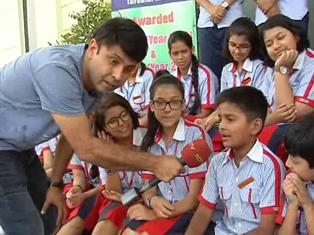 Video : Municipal Corporation Of Delhi And RJ Naved Join Behtar India Campaign