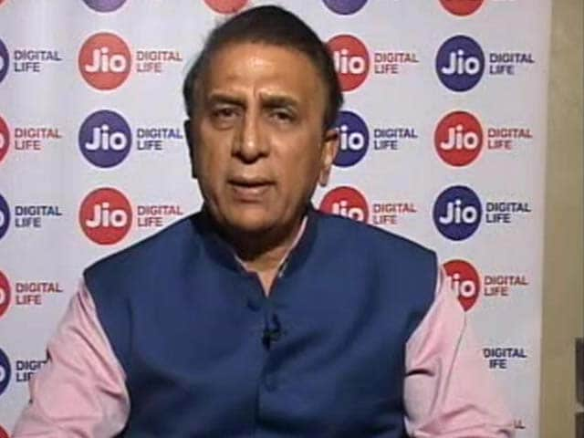 IPL 2017 Final: On Current Form RPS Are Favourites, Says Sunil Gavaskar