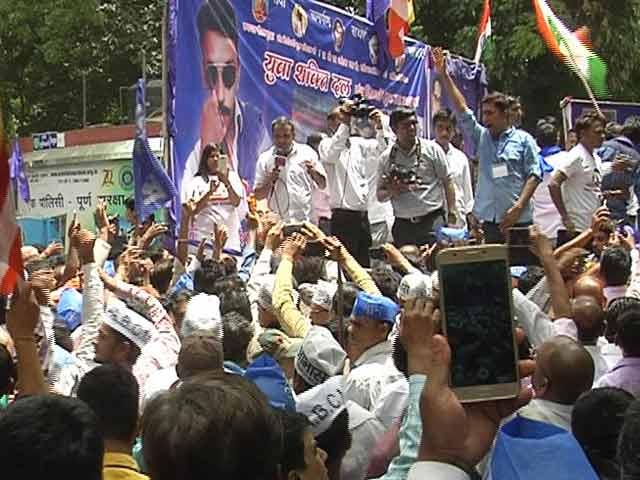 Video : इंडिया 9 बजे : जंतर-मंतर पर दलितों का प्रदर्शन, यूपी सरकार पर लगाया आरोप