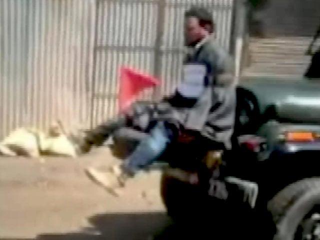 Videos : इंडिया 8 बजे : कश्मीर में युवक को जीप के बोनट से बांधने वाले मेजर सम्मानित