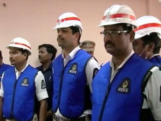 Video : हैदराबाद पुलिस की 'एसी' जैकेट