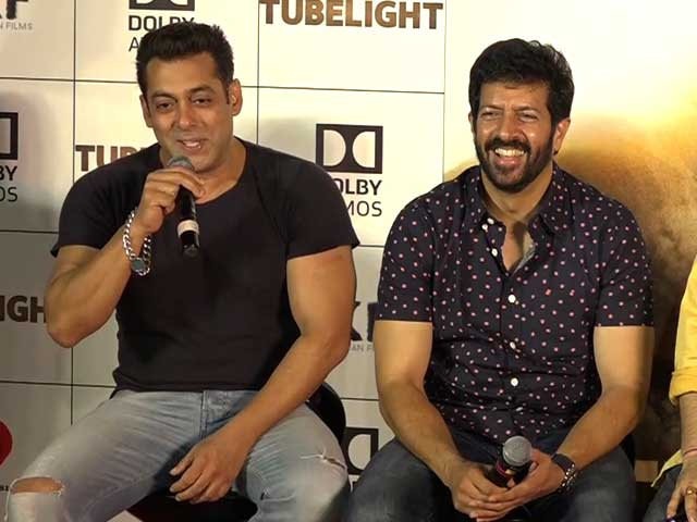 Salman Entertains The Media At The Trailer Launch Of Tubelight