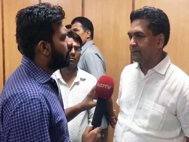 Video : कपिल मिश्रा ने आप सरकार पर लगाया दवाई खरीदने में घोटाले का आरोप