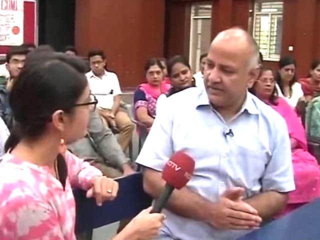 Video : CBSE Results 2017: Are Delhi Government Schools Better Than Private Ones?