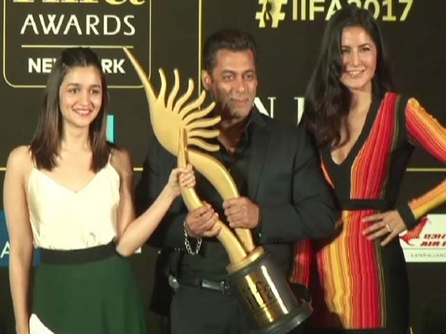 Video : Salman, Katrina and Alia Promote IIFA Awards