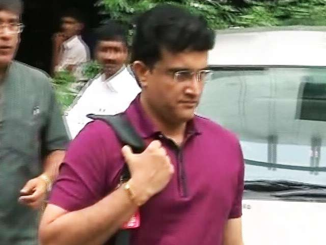 Video : Sourav Ganguly Meets With Team India For Feedback On Coach Anil Kumble