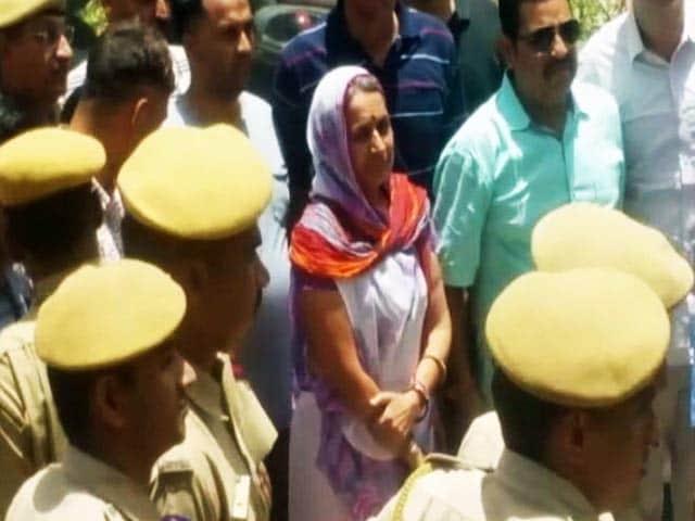 Videos : भंवरी देवी हत्याकांड की मुख्य आरोपी इंदिरा बिश्नोई गिरफ्तार