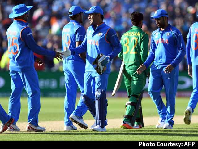 Video : Clinical India Maul Pakistan By 124 Runs