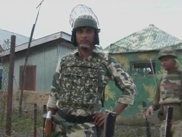 Videos : जम्मू-कश्मीर में CRPF कैंप पर आतंकी हमला, चार आतंकी ढेर