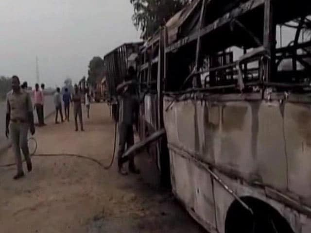Video : 22 Dead, 15 Injured As Bus Collides With Truck In Uttar Pradesh's Bareilly