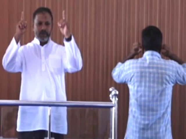 Video : A Kerala Mosque Offers Prayers In Sign Language For The Differently Abled