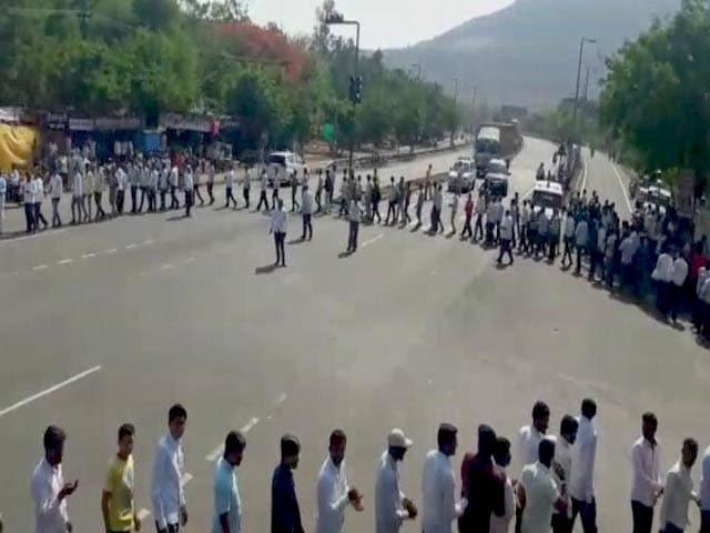 Video : पांचवें दिन भी जारी रही महाराष्ट्र के किसानों की हड़ताल