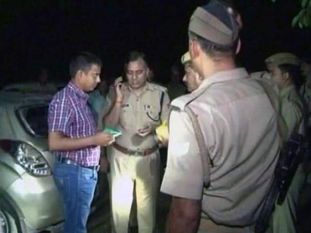 Video : आगरा में बीजेपी नेता की हत्या के बाद बवाल