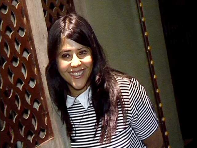 Video : Ekta Kapoor Spotted On Her Birthday With Family And Friends
