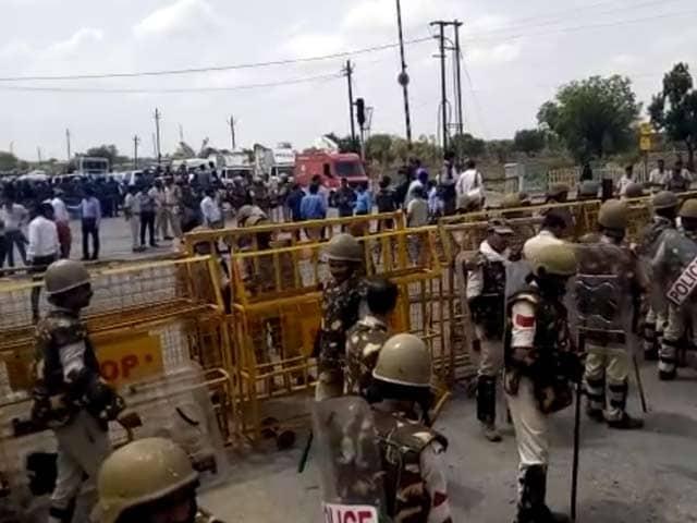 Video : After Rahul Gandhi's Arrest Showdown, AAP Team Heads For Mandsaur