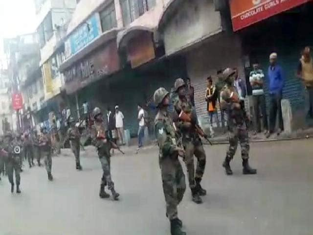 Video : Army Swells, Tourists Stranded In Darjeeling As Bandh Continues Till 6 pm