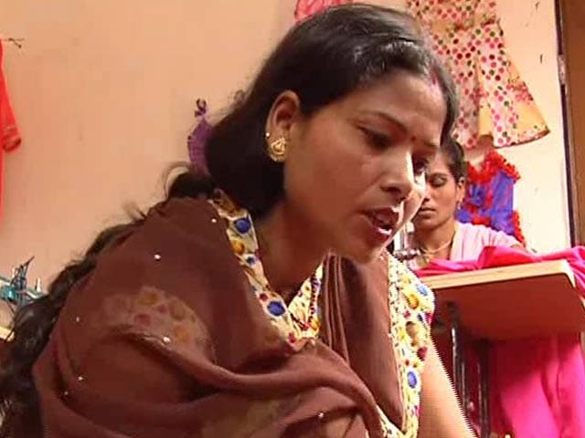 Video: Poonam, an Example of Gender Equality in a Small Village of India