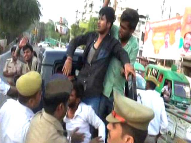 Video : Bail Denied To UP Students Who Showed Black Flags To Yogi Adityanath