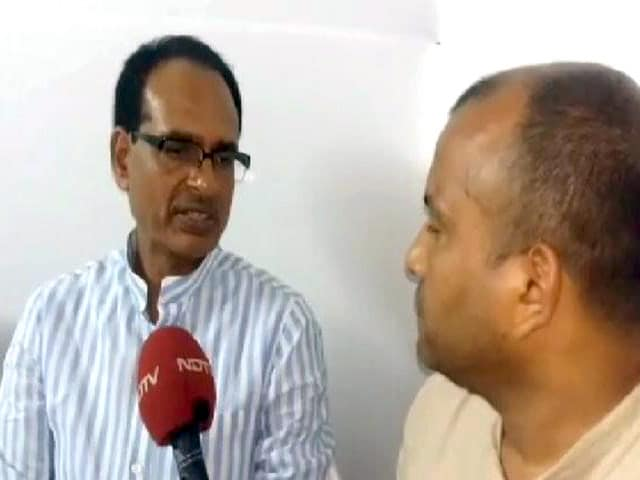 Video : पीड़ित परिवार के परिजनों ने CM शिवराज से उपवास तोड़ने की अपील की