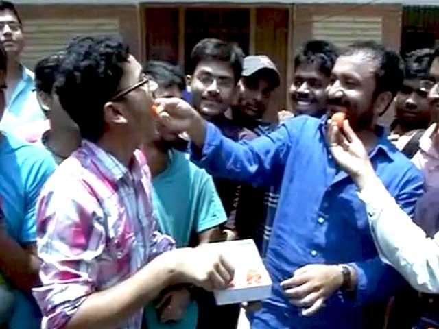 Video : पटना: सुपर-30 के सभी छात्रों ने क्रैक किया IIT JEE