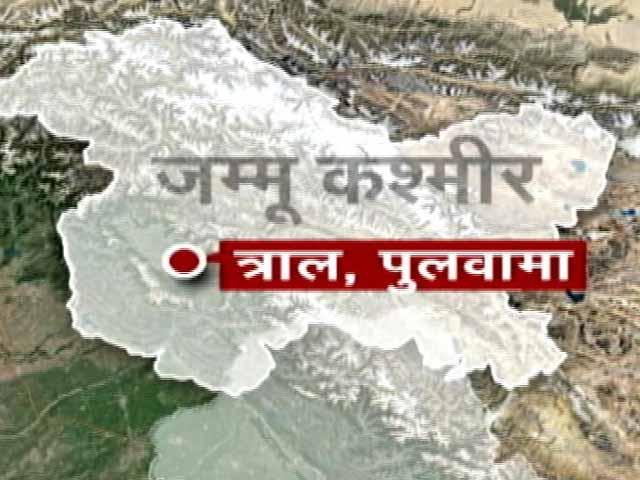 Video : जम्मू-कश्मीर : पुलवामा में सीआरपीएफ कैंप पर आतंकी हमला, 2 जवान घायल