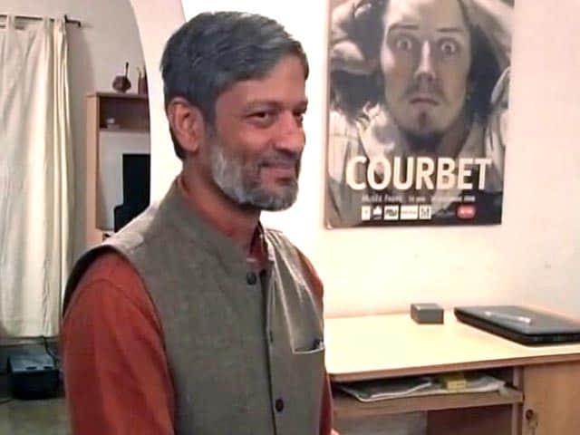Video : राजस्थान के आरटीआई कार्यकर्ता निखिल डे को 4 महीने की सजा