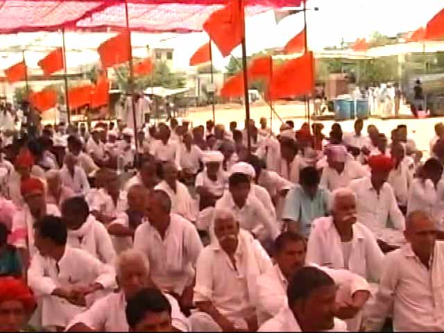 Video : RSS-Backed Farmers' Body Protests in Rajasthan, Takes On BJP Government