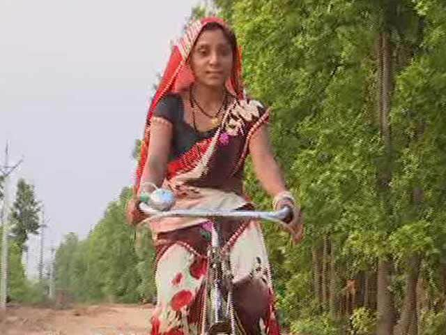 Video: Rekha, A Self-made Woman Who Stepped Out Of The Confines Of Her Tribal Community