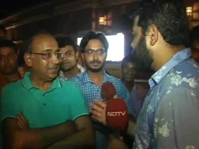 Video : Sports Minister Vijay Goel Congratulates Indian Hockey Team On Victory Over Pakistan