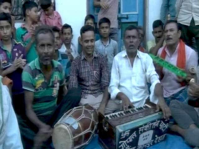 Video : कानपुर में रामनाथ कोविंद के घर जश्न का महौल