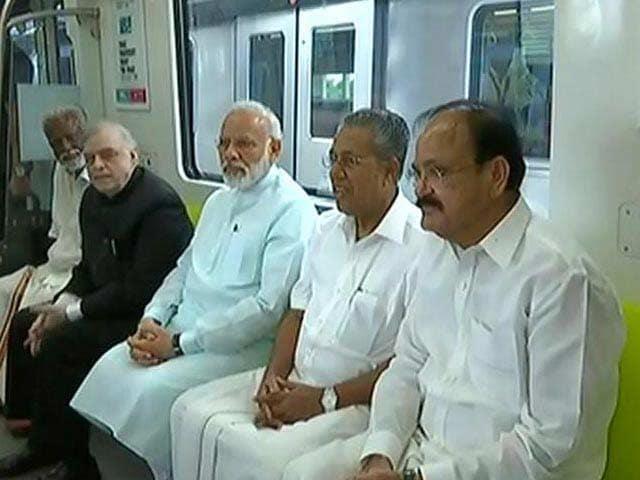 Video : Metro Rail In Kochi And Bengaluru
