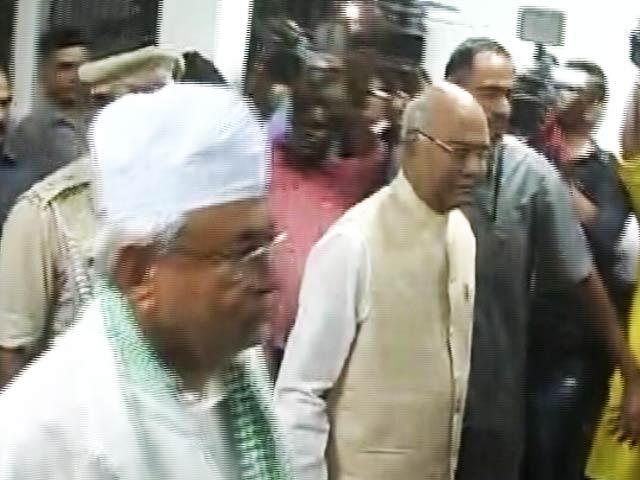 Videos : इंडिया 8 बजे : रामनाथ कोविंद के समर्थन में आए नीतीश कुमार