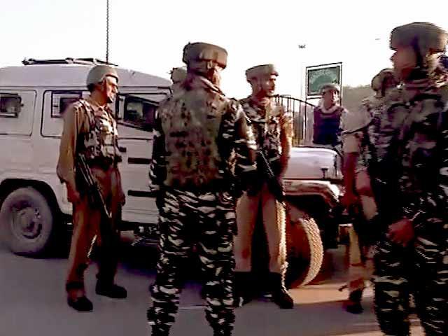 Videos : इंडिया 9 बजे : श्रीनगर में CRPF की गाड़ी पर आतंकी हमला, सब-इंस्पेक्टर शहीद