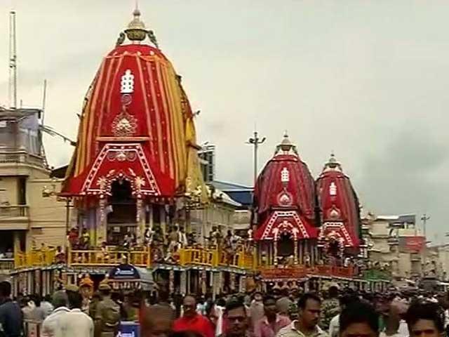 Videos : भगवान जगन्नाथ की 140वीं रथयात्रा आज निकाली गई