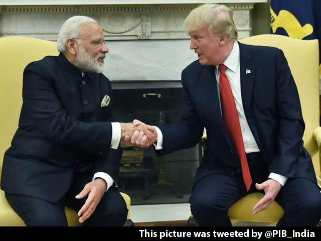 Video : PM Narendra Modi, Donald Trump Shake Hands At White House