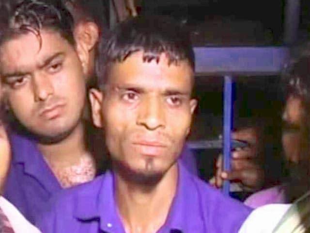 Videos : बुरहानपुर : 15 आरोपियों पर से देशद्रोह की धारा हटाई गई, खंडवा जेल से हुई रिहाई
