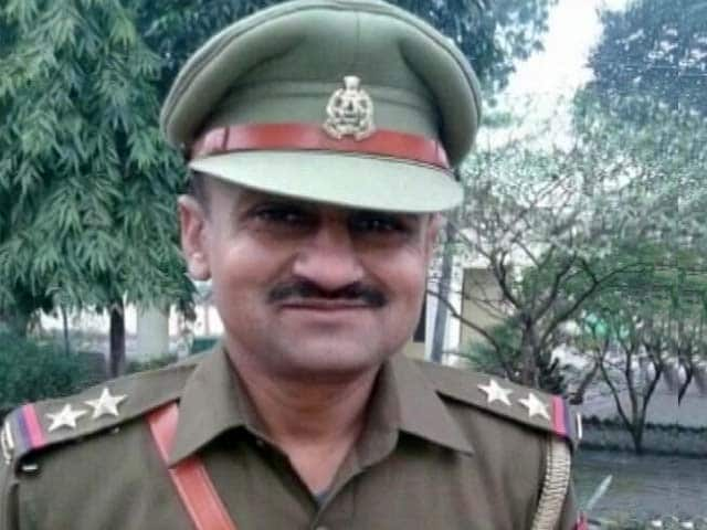 Videos : उत्तर प्रदेश : बिजनौर में यूपी पुलिस के दारोगा की हत्या