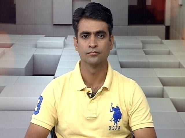 Videos : धोनी की इनिंग की वजह से बल्लेबाजों पर बढ़ा दबाव: अजय रात्रा
