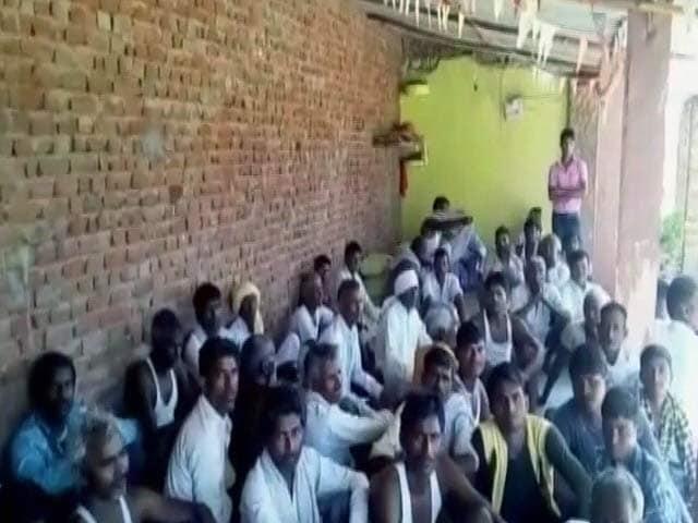 Video : धौलपुर : पंचायत ने लड़कियों के जींस पहनने और मोबाइल पर लगाई रोक
