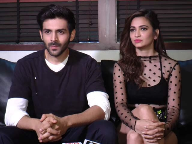 Video : Kartik Aryan and Kriti Kharbanda Talk About <i>Guest Iin London</i>