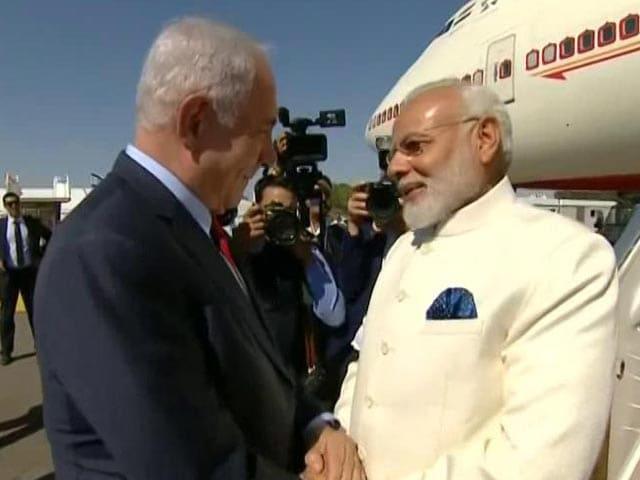 Video : '<i>Swagat Hai</i>, We Love India': Israel's Big Welcome For PM Modi