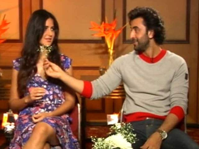 Video : Katrina, Please Take The Flowers. Ranbir Is Offering (Or Not)