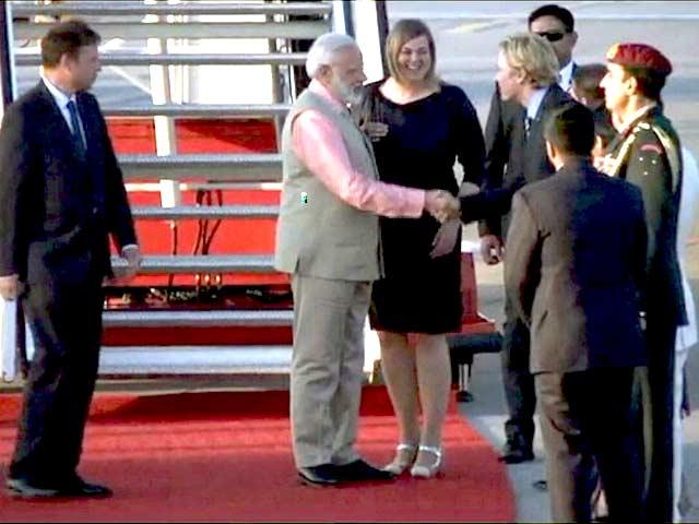 Videos : 12वीं जी20 समिट में हिस्सा लेने जर्मनी पहुंचे प्रधानमंत्री नरेंद्र मोदी