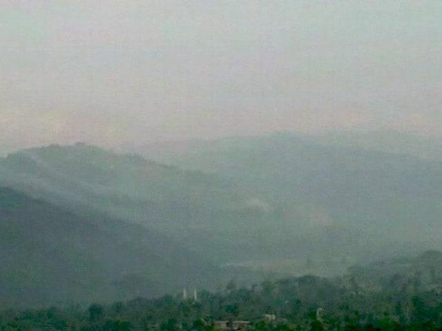 Video : जम्मू-कश्मीर : पुंछ में LoC पर पाक फायरिंग, एक दंपति की मौत-2 बच्चे घायल