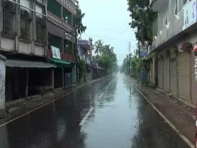 Video : Fragile Peace Returns To West Bengal's Basirhat, Politics Takes Over