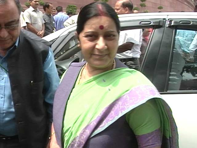 Video : Sushma Swaraj Slams Sartaj Aziz Over Visa For Kulbhushan Jadhav's Mother
