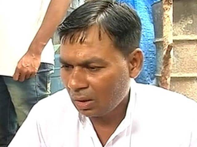 Video : 'The Terrorists Attacked Old People,' Rages Son of Amarnath Pilgrim Killed