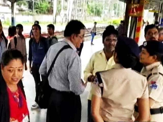 Video : मुंबई का माटुंगा बना देश का पहला 'महिला रेलवे स्टेशन'